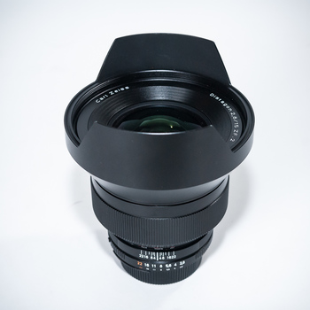 Rent Zeiss ZF.2 15mm f/2.8 for Nikon