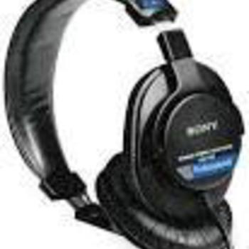 Rent Sony 7506 Headphones