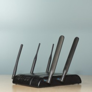 Rent Cradlepoint MBR1400 wireless router