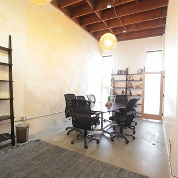 Rent Hecho Studio/Production office rental
