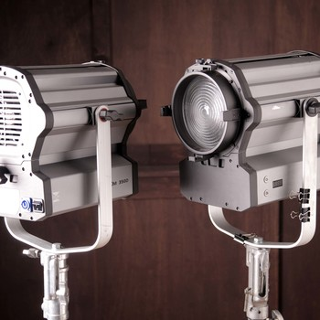 Rent Visio Zoom 350 LED Fresnel Two Light Kit, 350 watts each