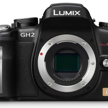 Rent Panasonic GH2 with 3 lenses and 64 GB SD card