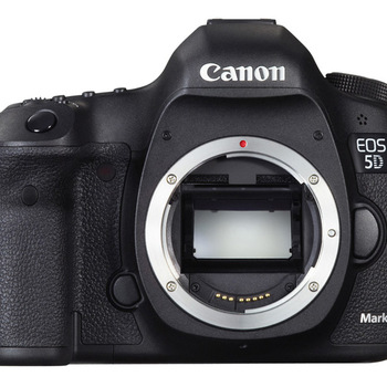 Rent Canon  5D MarkIII with 24-70mm f/2.8 L Series (Kit)