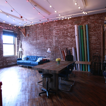 Rent Studio Space in DUMBO Brooklyn w/ exposed brick & seamless