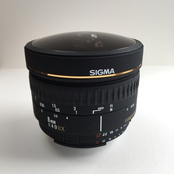 Rent Sigma 8mm f4 fisheye lens for Nikon