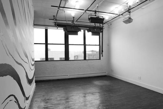 01.studioempty