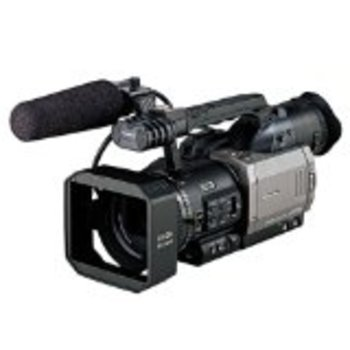 Rent Panasonic AG-DVX100A 24P