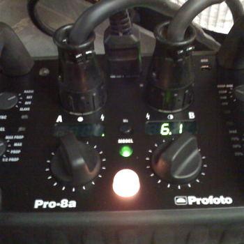 Rent Profoto  Pro 8A 2400 2 Head Outfit