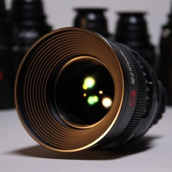 Rent uniQoptics 25mm Prime Lens