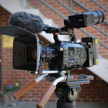 Rent Sony PXW-FS7 Super 35mm Camera