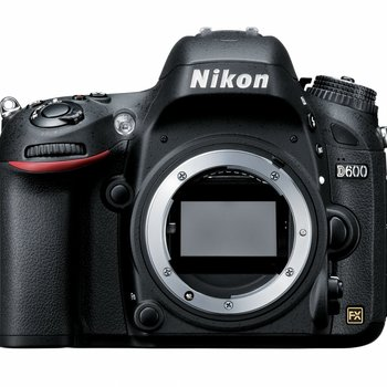 Rent Full Frame Nikon Camera