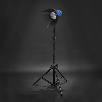 Rent Arri 750+watt  3 Light Kit (with 2 Softboxes)