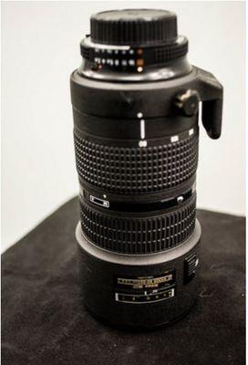 Nikon af zoom nikkor 80 200mm