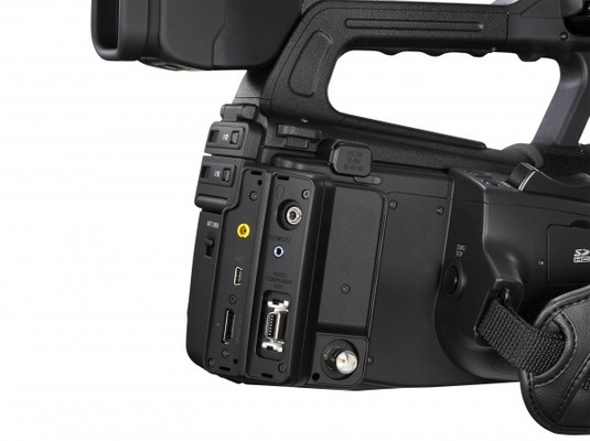 Canon xf300 4