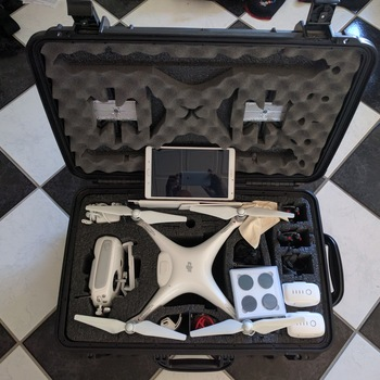 Rent Phantom 4 Filming Kit