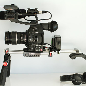 Rent Canon c100 mk2 Full Sound Doco Kit