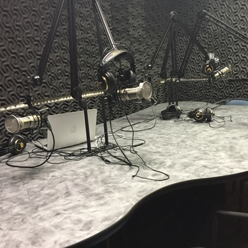 Rent Radio Broadcasting Studio