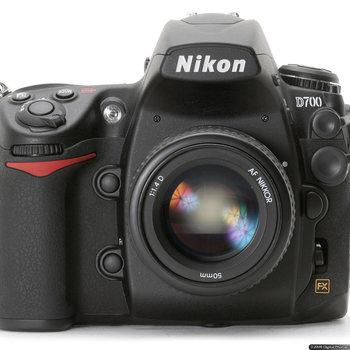 Rent Nikon D700 w/MB-D10 power pack
