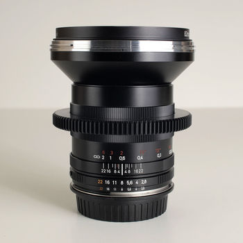 Rent Zeiss Classic ZF.2 21MM F/2.8 Distagon