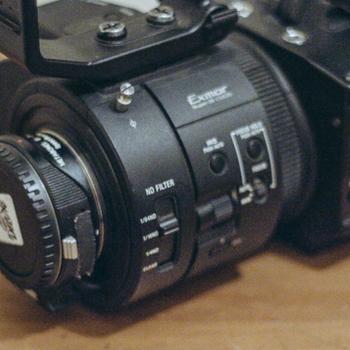 Rent Sony Fs700 R + EF mount + 16-35mm II Canon Lens