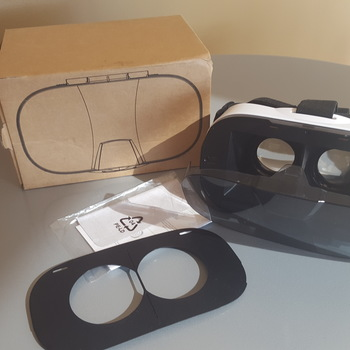 Rent Pasonomi 3D VR Glasses VR Headset (For iPhone or Android)