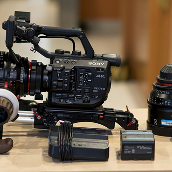 Rent Sony PMW-FS5 Cinema Kit
