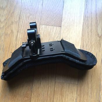 Rent SmallRig rosette handles and SmallRig shoulder mount for 15mm rods