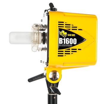 Rent AlienBees B1600 Flash Unit