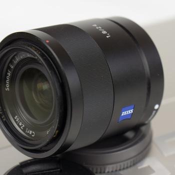 Rent Sony Zeiss 24mm F1.8 Emount lens