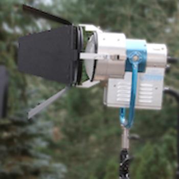 Rent Sunray 575 HMI Par, boostable to 700 watt. Electronic ballast.  Beauty.