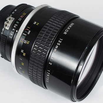 Rent Nikon 135mm f/2.0 AIS