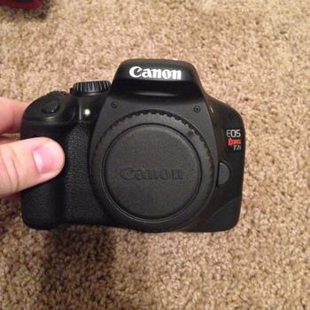 Rent Canon EOS Rebel T2i
