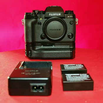Rent Fuji X-T1 mirrorless camera + grip, charger, & 2 batteries
