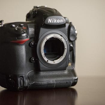 Rent Nikon D3S 12.1 MP CMOS Digital SLR Camera