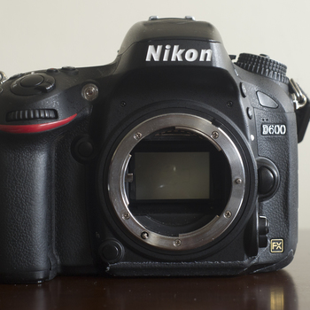 Rent Nikon D600 24.3 MP CMOS FX-Format Digital SLR Camera