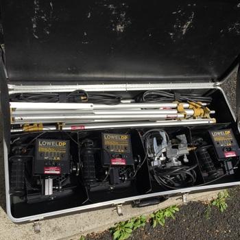 Rent Lowell DP 1500 w light kit