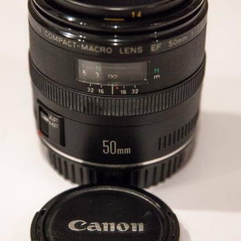 Rent Canon EF 50mm f/2.5 Compact Macro