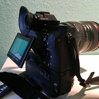 Rent Sony A7sii (Video Kit)