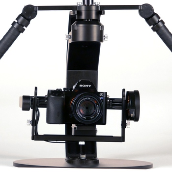 Rent Beeworks BW05 camera stabilizer with Kinetic Remote