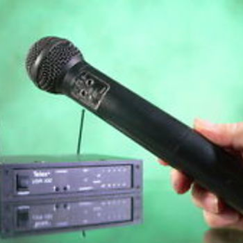 Rent Telex USR-100 UHF Diversity 3-piece Combo Wireless for Stage, F.O.H. and H.O.W.