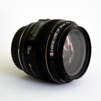 Rent Canon EF 28mm f/1.8 USM Wide Angle Lens