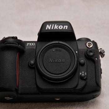 Rent Nikon F100