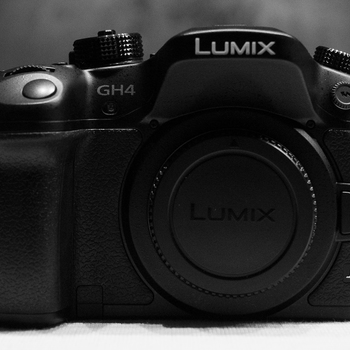 Rent Panasonic LUMIX GH4