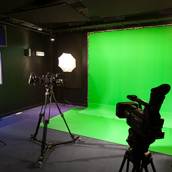 Rent Green Screen, 12ft. x 12ft. x 8ft. with breakdown frame, stands, bags, complete