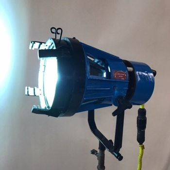 Rent LTM 1200W HMI Light kit