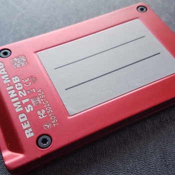Rent RED Mini Mag 512GB (Raven, Scarlet-W, Epic-W, Weapon, Dragon)