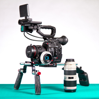 Rent C300 mkII + Lenses + Shoulder Rig and Follow Focus Kit