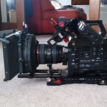 Rent PXW-FS7 field bundle