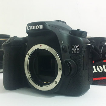 Rent CANON 70D w/18-135mm lense