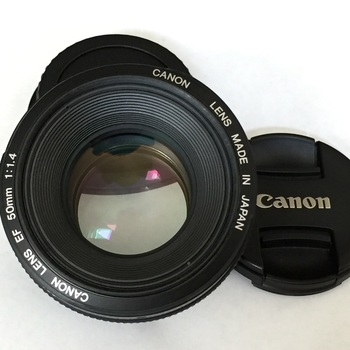 Rent Canon 50mm F1.4 : BK & NYC pickup - w/ lens hood, cap & pouch